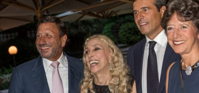 THE FIRST ANNUAL ITALIAN ICON AWARD®  TO FRANCA SOZZANI, DIR. OF VOGUE IT. THE PRIZE WAS PRESENTED BY THE PRESIDENT OF ICE RICCARDO MONTI, SIR ROCCO FORTE CHAIRMAN AND CEO